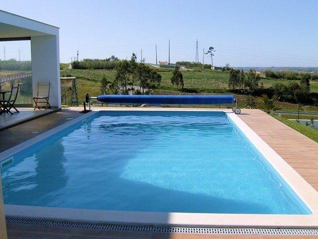 piscina64