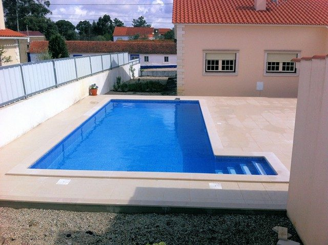 piscina80